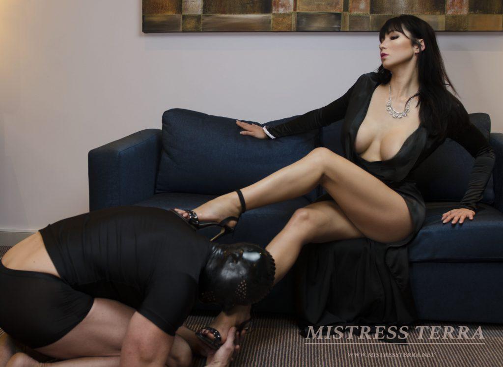 Femdom mistress direstory really pleases