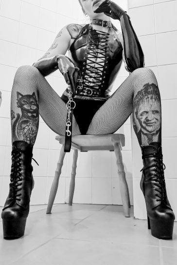 Melisande Sin Asia Mistress