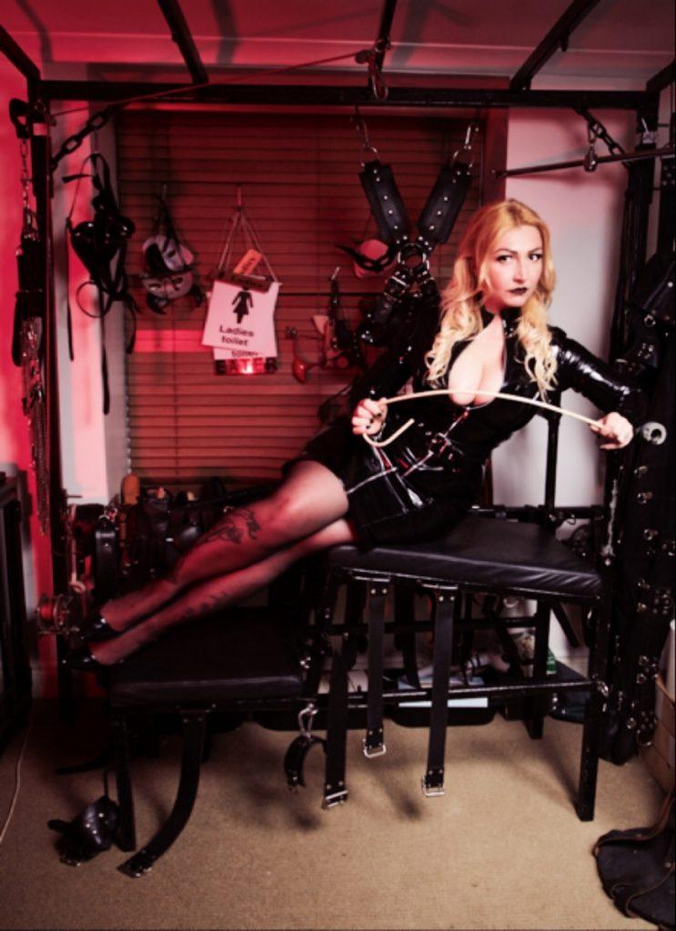 Mistress Helle London